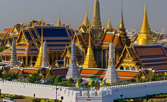The Sunreno The Emerald Buddha Temple (Wat Phra Kaew)